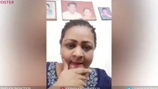 Shakeela Mallu Wants To Show The brush Obese Boobs On Gupchup