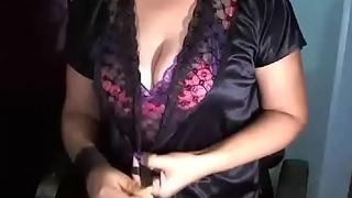 Hot bhabhi with juicy boobs on cam - sex JuicyGirlCams pornography
