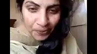 Punjabi Muslim bhabhi