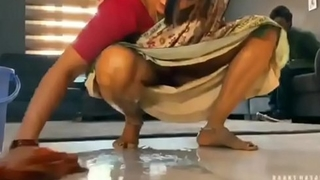 Desi hawt bhabhi cleansing with shudder at to house