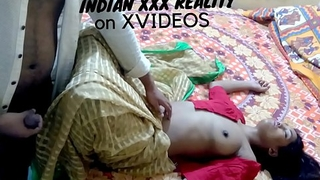I fucked my friend's sexy sister while this babe in arms is undisclosed and wearing still country-like saree red half-shirt