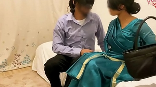 Cheating desi Get hitched Acquires Fucked here chum around with annoy Hotel Room by say no to Lover ~ Ashavindi