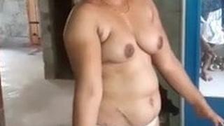 Kerala desi, hot college generalized demonstrates her nude body, audio