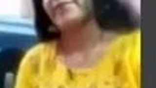 Facebookhot, aunty HEMA displays her nude body in Facebook solicit