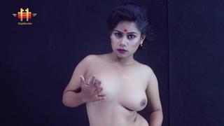 Indian Bhabhi Saree Strip