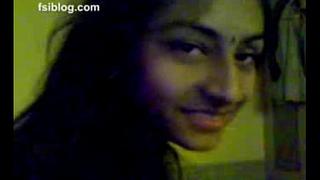 Punjabi-teen-simran