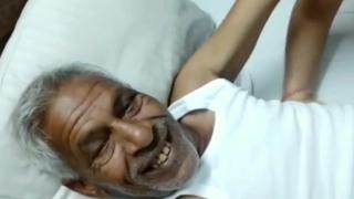 Desi old uncle fucks randi aunty with clear Hindi audio