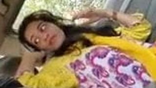 Desi girl Farri gives blowjob all over motor