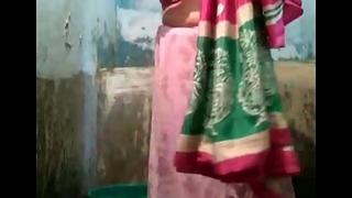 Indian desi village aunty flushing punch-line scene