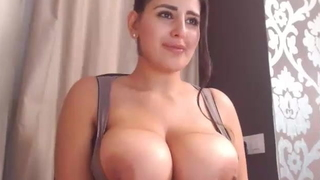 Take charge sexy Katrina Kaif lookalike chip divide up nude exposed to webcam