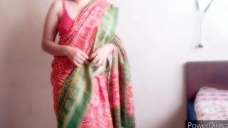 desi hot indian maid drilled by boy ( kamwali ko choda diya)