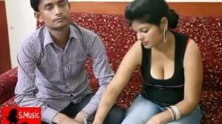 Indian instructor bonks pupil