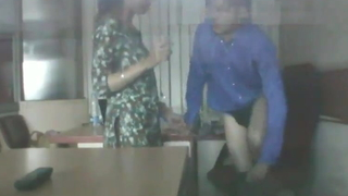 Desi Bhabhi Has Sex in Assignation With Boss, Mms linked