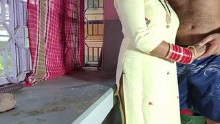 Malkin Ki Jawan Badi Beti ko Kitchen Agree to Par Choda