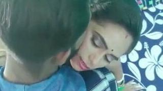 Desi Bengali boudi husband has hawt sex, Chodai videos