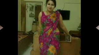 Desi Sexy Indian Girl Honeys with Big Bosom and HOT bodies