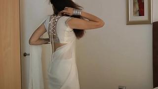 Indian Establishing Generalized Jasmine Mathur In Waxen Indian Sari