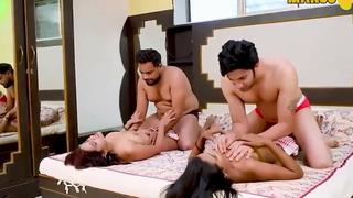 Indian Wife Mutate Four way Sex in Hindi