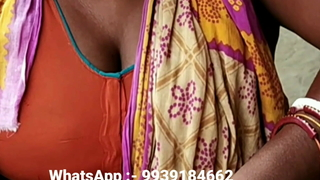 Aunty with big boobs in blouse