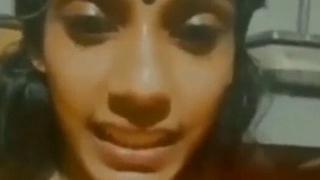 Mallu girl theri vili