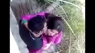 Village Desi indian couple outdoor sex, outdoor sex couple, viral sex Desi indian couple doing sex at outdoor