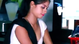 ANALANINE-Hot indian wench makes the day abundantly