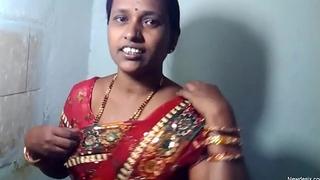 SWEET MARRIED INDIAN Latitudinarian Thither SAREE
