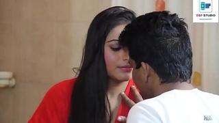 Indian Bhabhi Romance with Devar in Go to the bathroom