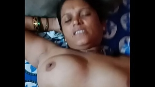 Indian aunty bonking with young guy