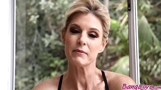 India Summer In Large Phallus Solicit