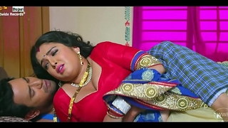 Indian aunty hot omphalos bhojpuri song
