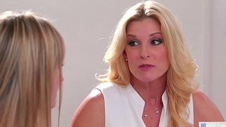 U apologize me cum Mommy! - India Summer and Scarlett Sage