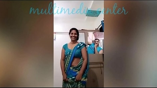 Hot Desi aunty saree navel simulate