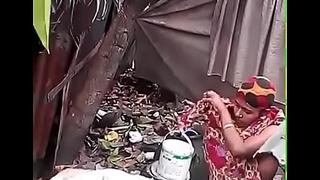 Bhabhi Dressing stopping Neat