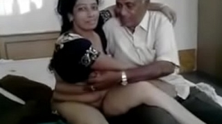 Indian desi bhabhi with neighbor full link:- http://gestyy.com/wScn5t
