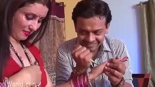 Hot Bollywood smooches actress