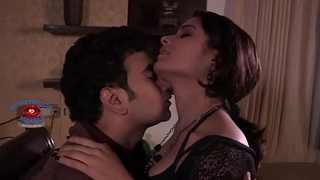 Hot Shruti bhabhi illegal Fling With Her Ex-Boyfriend   Chips Tryst