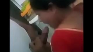 Indian aunty engulfing cock