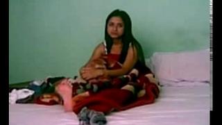 Indian Girlfriend Homemade MMS Video