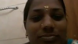 Tamil hot aunty toilet video leaked