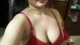 Aunty ki chudai indian aunty full masti and funny ting his h