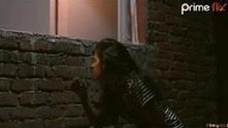 Bhabhi aur bhai ko sex krte huye dekha ladki ne